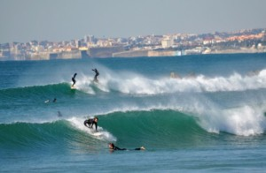surf_Costa-da-Caparica-537x350